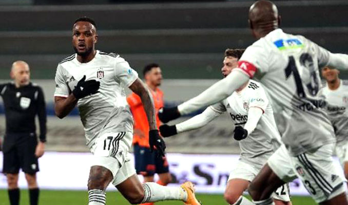 Zirve yolunda hata yapmadı! Düellonun galibi Beşiktaş